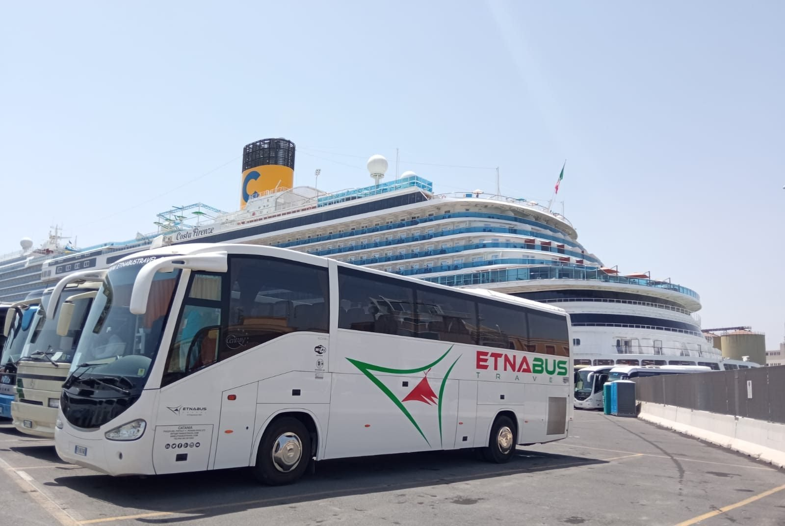 11escursioni bus etna catania